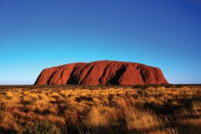 AU05 Post Card Uluru